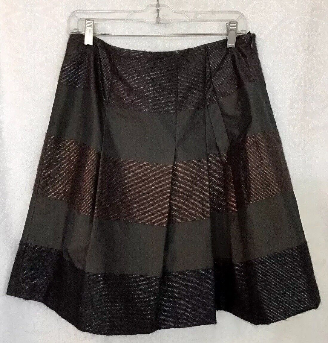 Akris Punto Skirt Short Brown Pleated Flare Textured Size 8