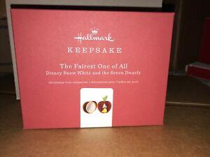 2019-Hallmark-Keepsake-Disney-Snow-White-The-Fairest-One-Of-All-Metal-Ornament