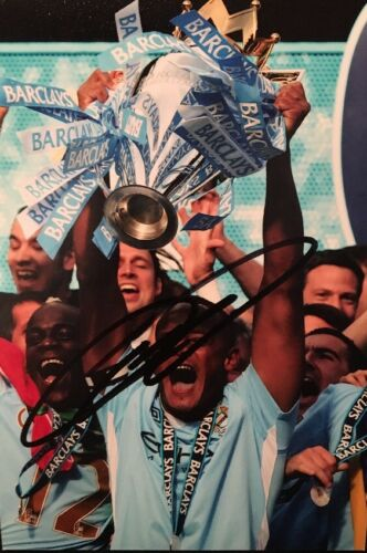 VINCENT KOMPANY MANCHESTER CITY BELGIUM FOOTBALL HAND SIGNED 6x4 PHOTO