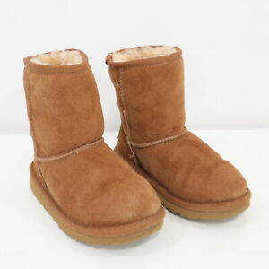 UGG-Classic-Short-Boots-Toddlers-US-10-Brown-Suede-Leather-Unisex-Girls-Boys