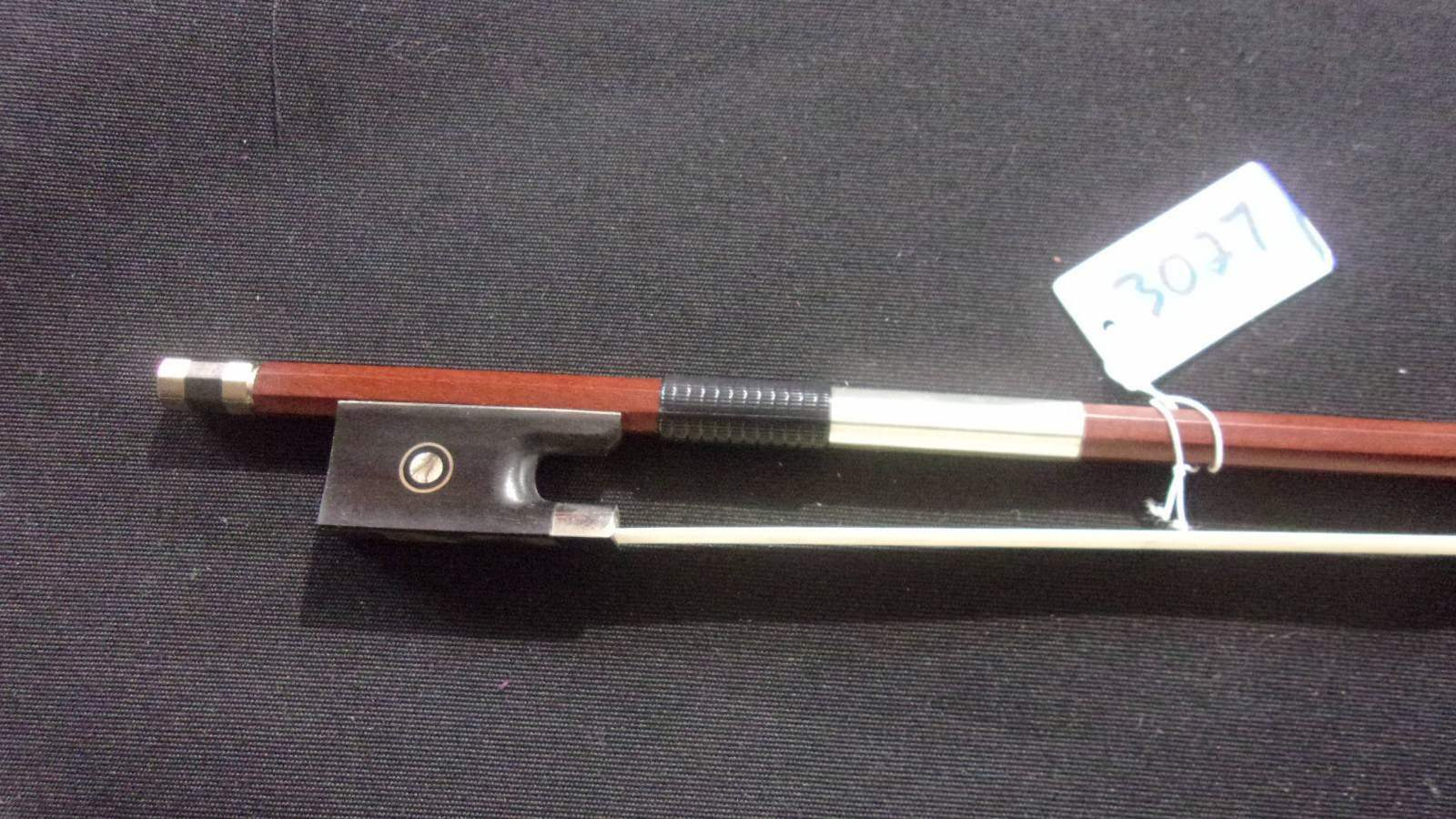 HIGH QUALITY VIOLIN BOW --- Tourte model --- Full Größe 4 4 ---  3027