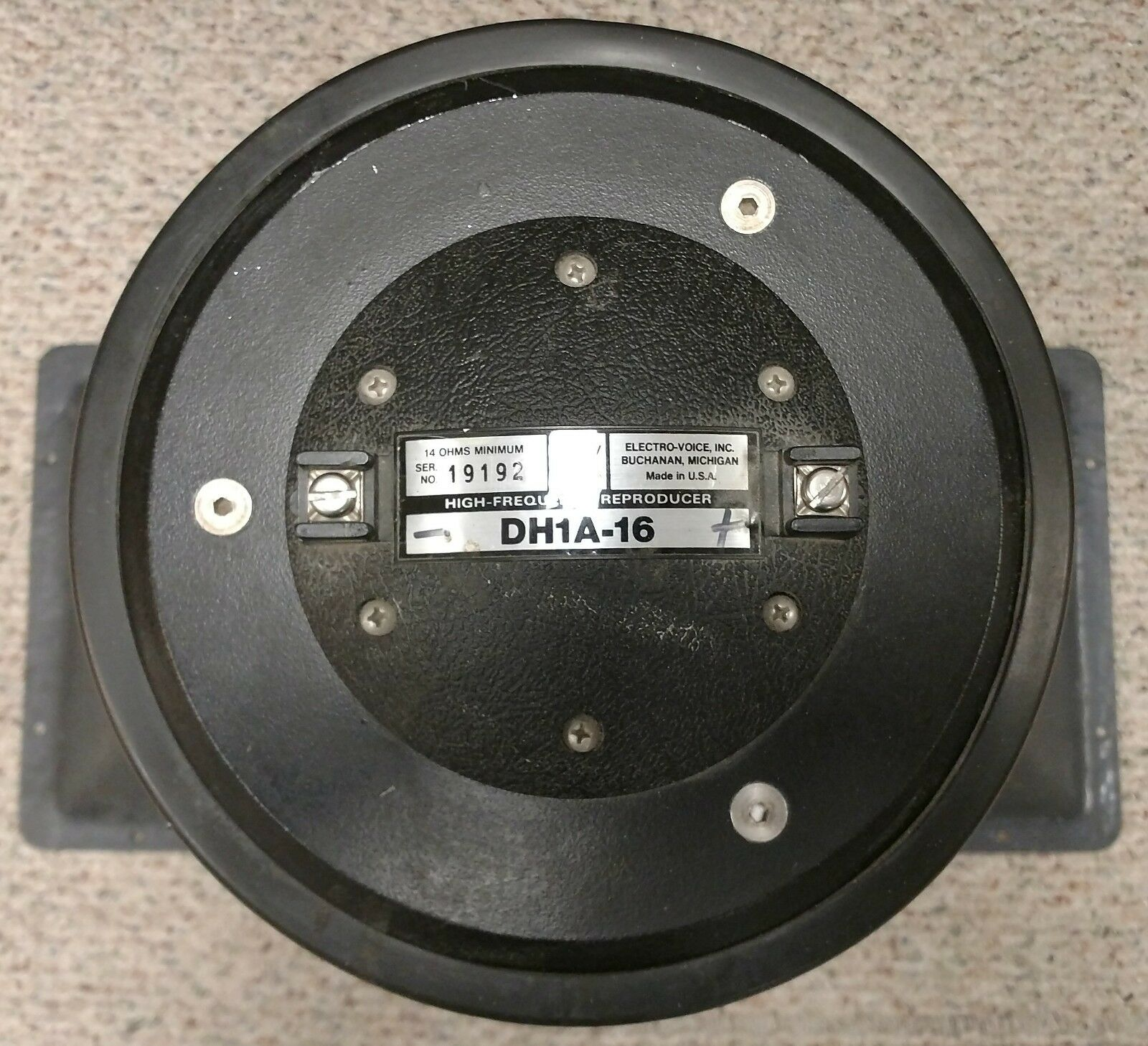 STADIUM SOUND ELECTROVOICE DH1A - 16 HIGH FREQUENCY REPRODUCER HORN LOUDSPEAKER