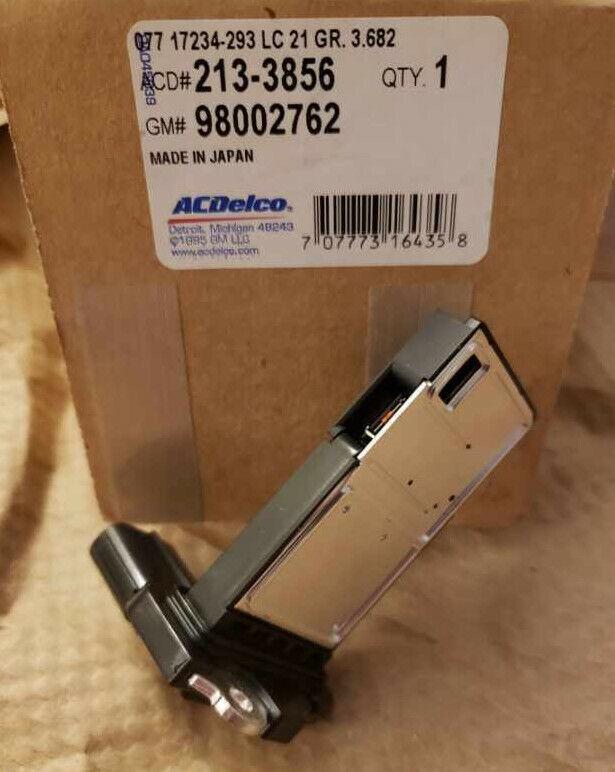 ACDelco 213-3856 GM Original Equipment Mass Air Flow Sensor with Intake Air Temperature Sensor