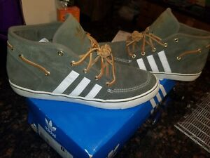 buy popular 3259f 051b6 Image is loading Adidas-Court-Deck-Vulc-Mid-Olive-size-11-