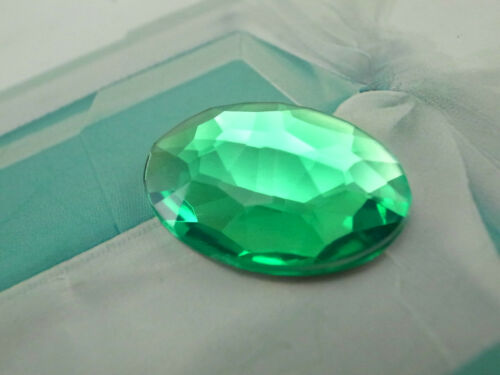 Acrylic Flat-back Oval Shaped 18x25mm Green Color Stone No Hole 5 pcs