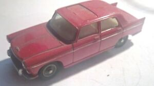Dinky Toys / Meccano # 536 - Peugeot 404 1 43 Excellent