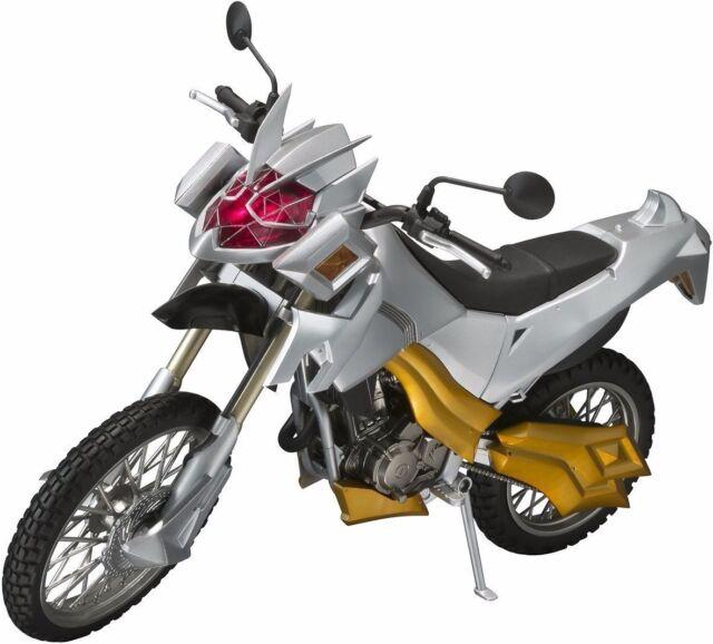 S.H.Figurines Masqué Kamen Rider Sorcier Machine Winger Figurine Articulée