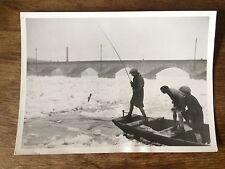 """P2/ PHOTOGRAPHIE de PRESSE ARGENTIQUE """"TOURS - LE DEGEL SE POURSUIVANT"""", 1938"""