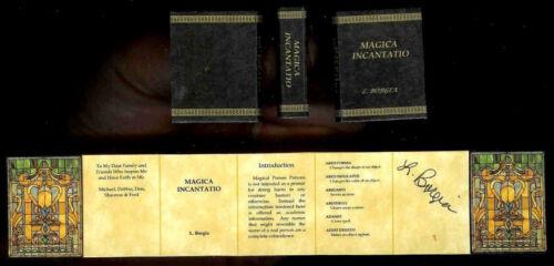 Magica Incantatio Miniatures for Dollhouse Limited Edition Readable Magic Book