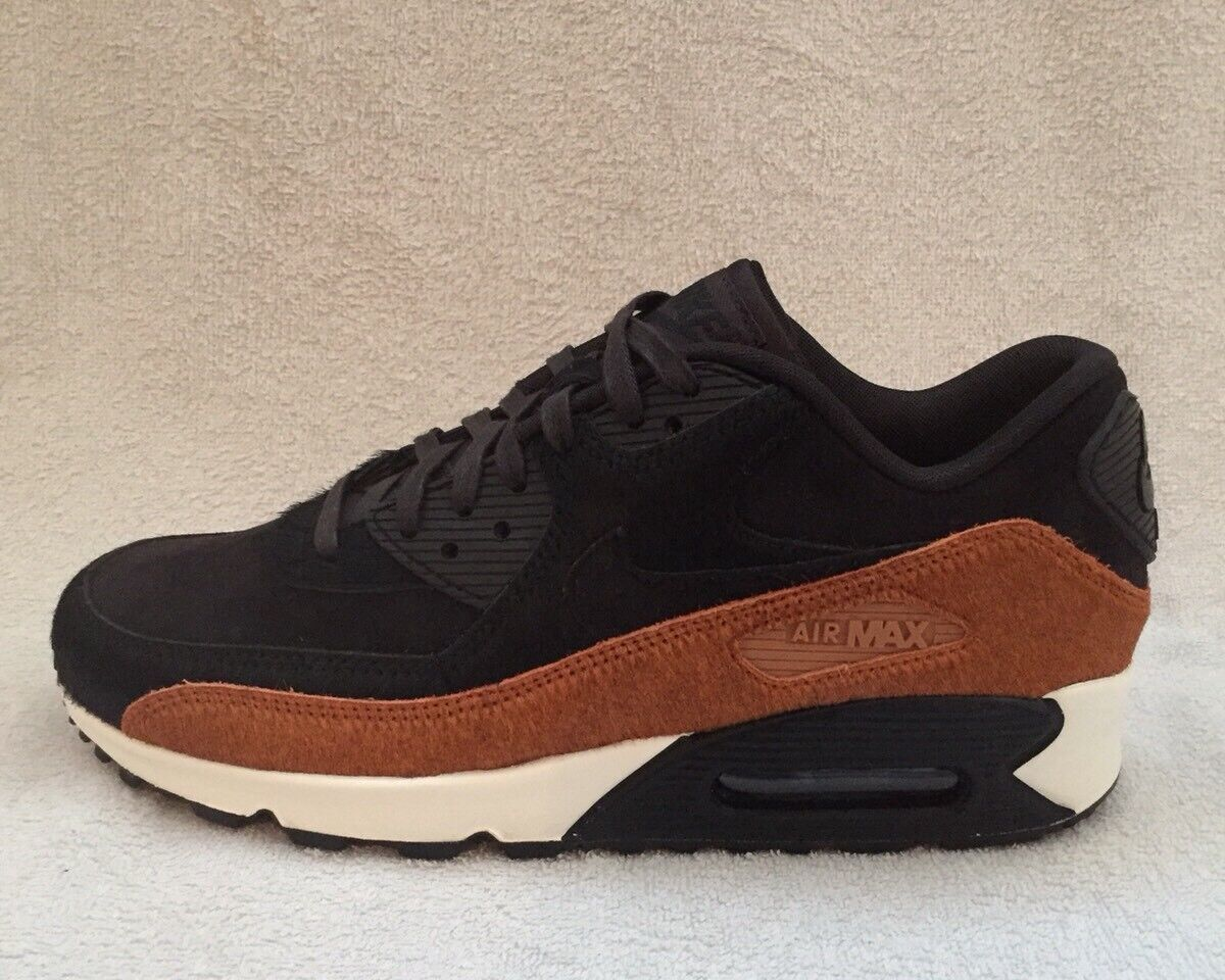 Nike Air Max 90 LX Pony Hide Größe 5 (uk) BNIB
