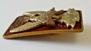 Russian-SPEZNAZ-Special-Forces-Condor-Badge-Red-enamel-and-Brass-Original