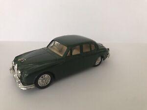 Corgi-Saloon-Cars-Verde-Jaguar-MK-II-Coche-de-Carreras-de-Juguete-Coleccionistas-Coleccionable