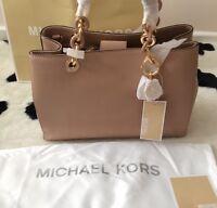 BNWT Michael Kors Medium CYNTHIA Beige Saffiano Leather Satchel Bag��