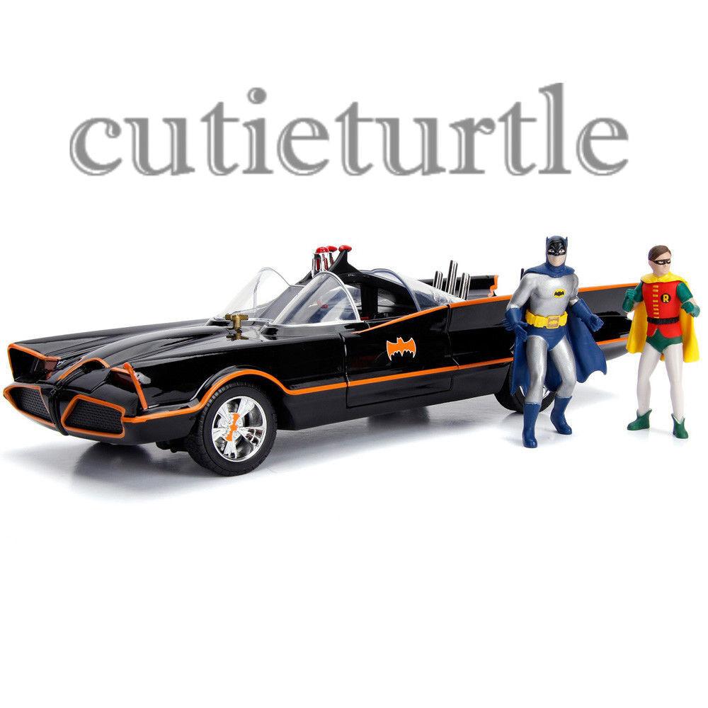 Jada TV Series Batman 1966 Batmobile with Working Lights & Figures 1 18 98625