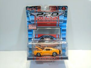 Maisto-Pro-Rodz-1-64-Orange-1969-Dodge-Charger-R-T-New-2005