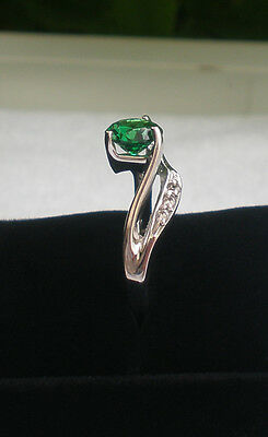 CUTE RING ! 6.50MM GREEN ROUND CUT ENGAGEMENT 925 STERLING SILVER....SIZE I-Z2