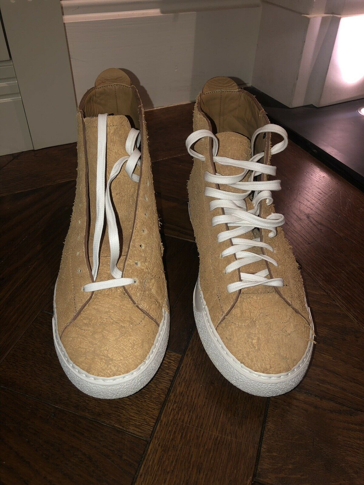 MENS VIVIENNE WESTWOOD SAND LACE UP LEATHER HIGH TOP TRAINER UK 9   43