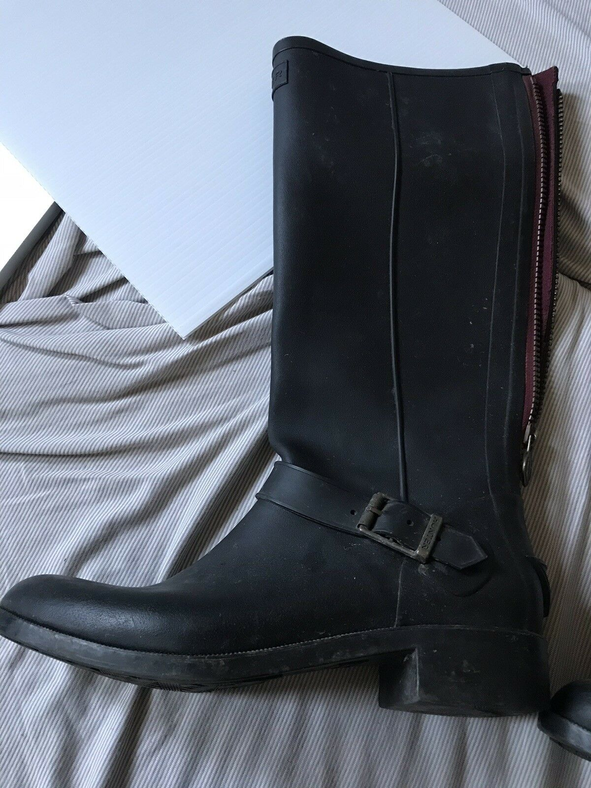 Hunter rain boots 8 black