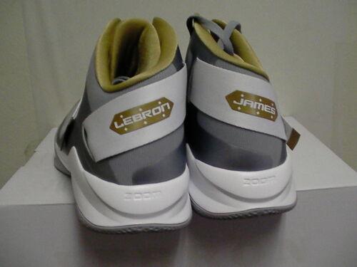 super popular f8e17 724f6 2 sur 4 Hommes Nike Zoom Lebron James Soldat Vi Tb Chaussures de Basketball  Taille 18