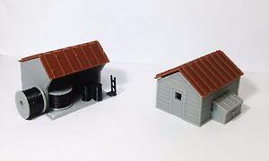 Outland-Models-Train-Railway-Layout-Trackside-House-Equipment-Shed-Set-HO-Scale