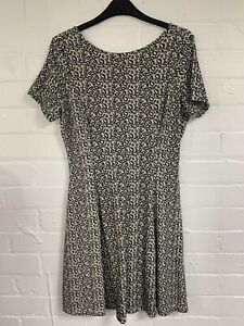 Ex Fat Face Leopard Print Round Neck Dress Zip Back Size 16 (OR4.202)