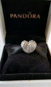 AUTHENTIC-PANDORA-ANGELIC-FEATHERS-HEART-791751-ANGEL-WINGS-CHARM
