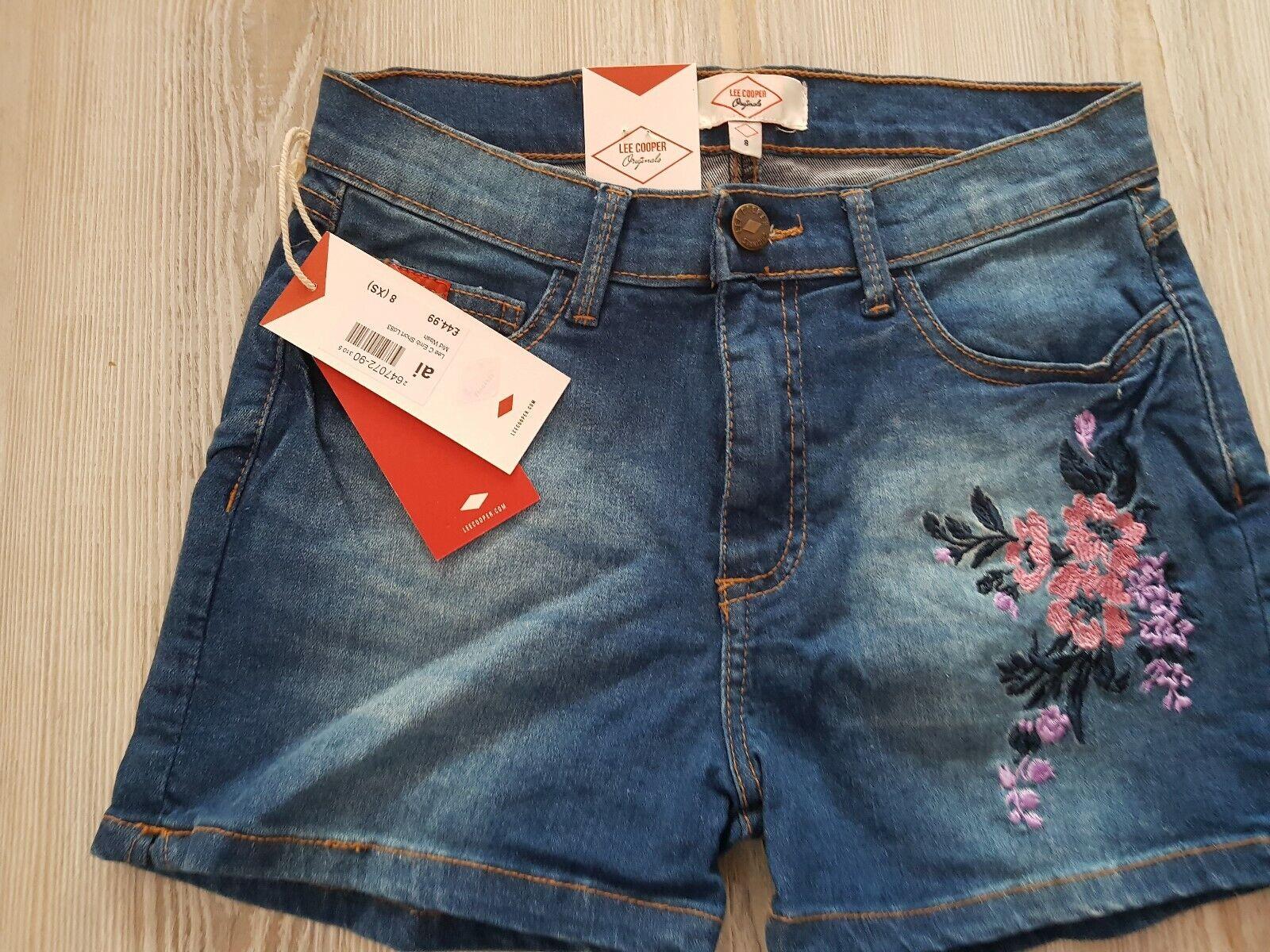Lee cooper women shorts size
