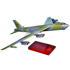 USAF Boeing B-52G Stratofortress Bomber Desk Top Display 1/100 Model ES Airplane