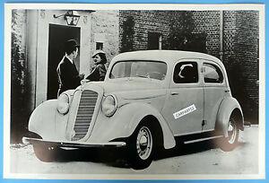 1935-Hupmobile-518-4-Door-12x18-Black-amp-White-Picture