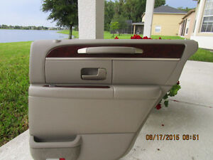 2003 04 05 06 07 08 lincoln town car rear right door panel ebay. Black Bedroom Furniture Sets. Home Design Ideas