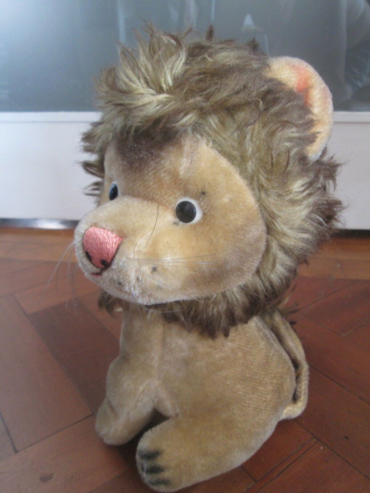 LOVELY VINTAGE TOY LION 1960s