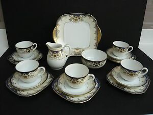 Beautiful-Vintage-Blue-Cream-Gold-Gilt-Japanese-Meito-Handpainted-China-Teaset