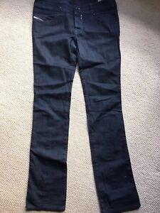 28e7d239aff58 Image is loading Diesel-Ladies-Rockett-Jeans-Size-31-Waist-34-