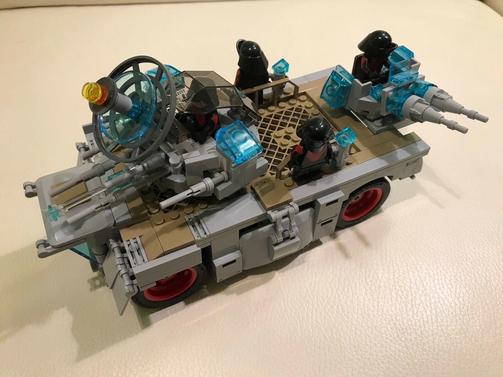 LEGO parts only - FO TANK + 4 FO TROOPERS - my design all as in the picture