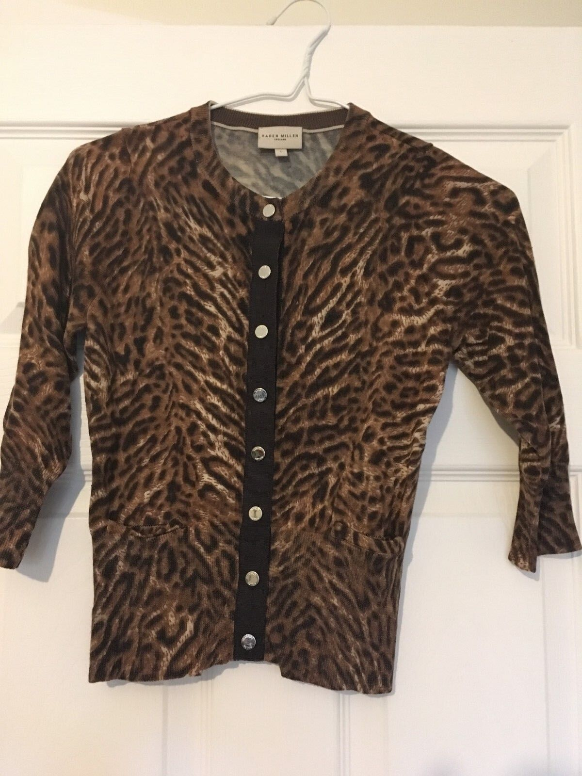 KAREN MILLEN braun leopard print cardigan with Silber buttons Größe 1(8)
