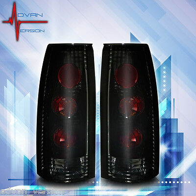 Winjet 1988-2000 Chevrolet GMC Cadillac Tail Lights Pair Set - Black/Smoke