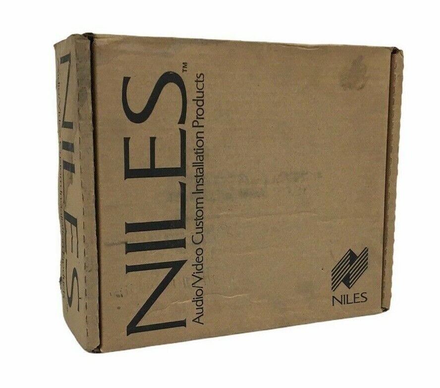 Black Niles AC3 FG00242 Voltage Triggered AC Power Strip