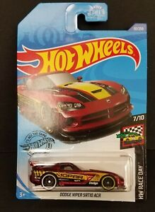 Hot Wheels 2020 HW Race Day Red MOPAR Dodge Viper SRT10 ACR