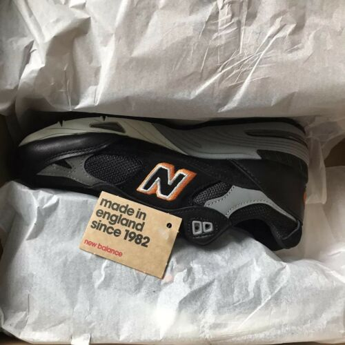 Super Rare Launch From New 991 nero London 'london Uk4 Cab' Flagship Balance rAZn4qr