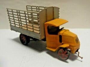 HO Built Old Mack Truck Custom Detailed