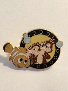 DLR-E-Ticket-Deluxe-Starter-Set-Chip-And-Dale-On-Nemo-Submarine-Disney-Pin-B7