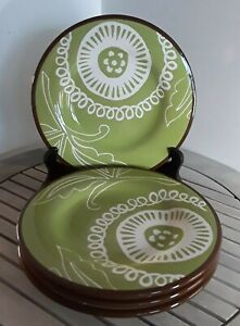 NEW-SET-OF-4-Summer-Oasis-HANDPAINTED-Earthenware-Salad-Plates-Avocado-Green