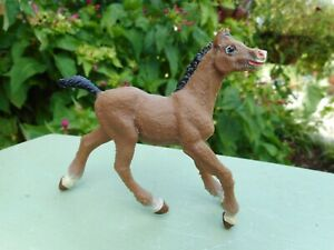 Safari Bay Foal RETIRED Toy Collectible Horse