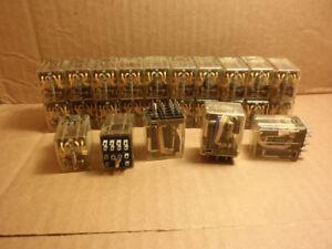 700-HC14Z24-4-un-Allen-Bradley-4PDT-3A-24VDC-Bobina-LED-Rele-700HC14Z244-Serie-A
