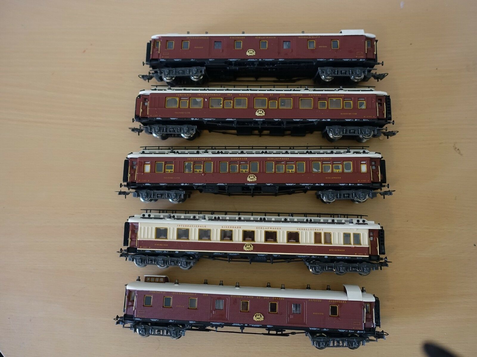 H0 ciwl Orient Express set 2.
