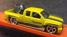 2016 Hot Wheels CUSTOM  Car Culture Trucks Chevy Silverado w Chrome Real Riders