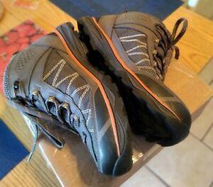 Men's Vasque Monolith Mid Hiking Boots Sz 9 Waterproof Ultradry Gray 7344