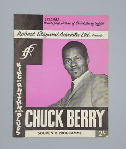 Chuck-Berry-original-beautiful-complete-Tour-programme-with-nice-centerfold