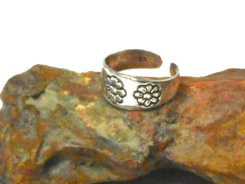 Adjustable  Flower TOE  RING Sterling  Silver  925 Gift  Boxed