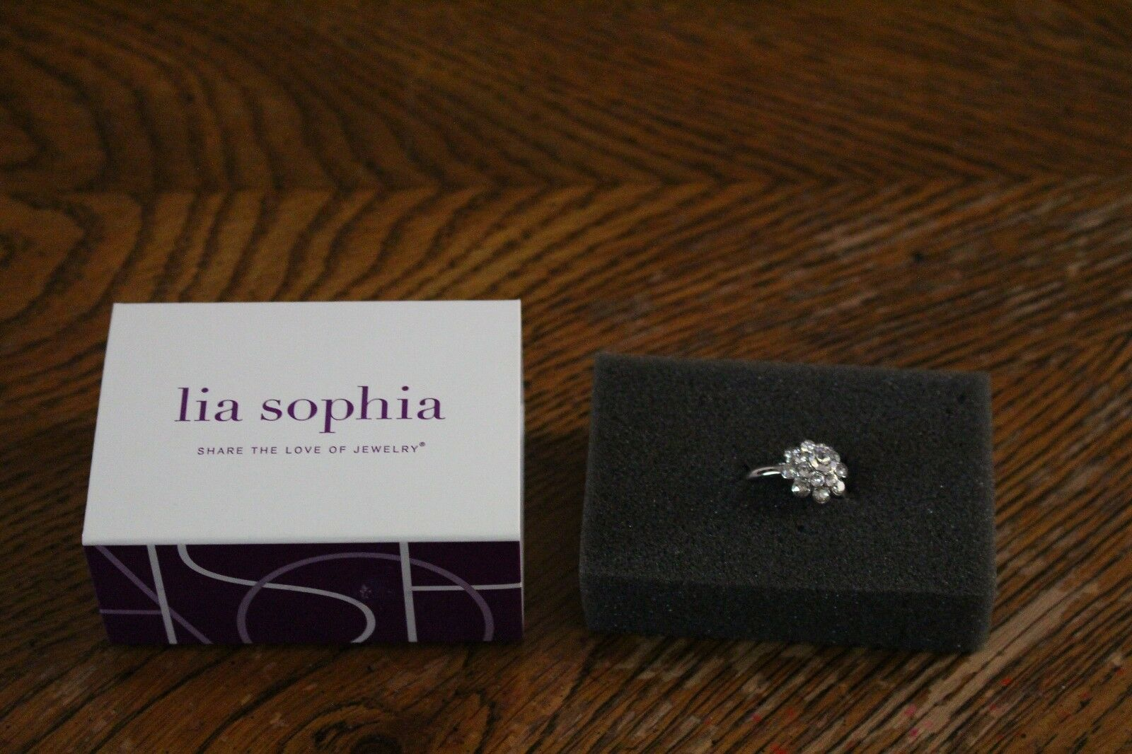 LIA SOPHIA CRYSTAL BOUQUET CLEAR RING SIZE 10 NEW
